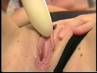 Vibe on her Clit