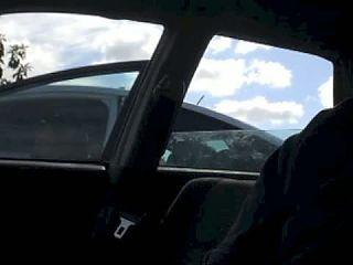 Women watch me jerk off in my car -carflashing