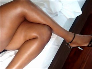 pes e pernas feet and legs