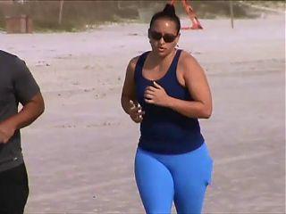 candid jogging tits 49