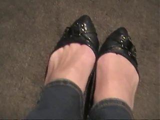 latex toes