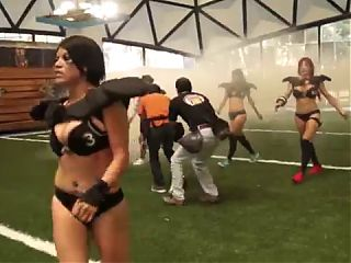 Bikini Football 06