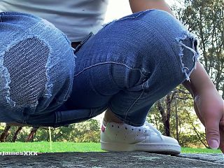 Natures Nectar - HOT ASIAN PUBLIC PEE IN PARK