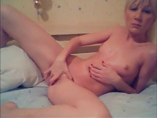 Amateur - Shameless Showoff Young Blond Webcam