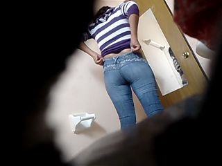 Hottie in toilet