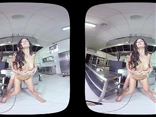 On-The-Job Penetrating - VR Porn